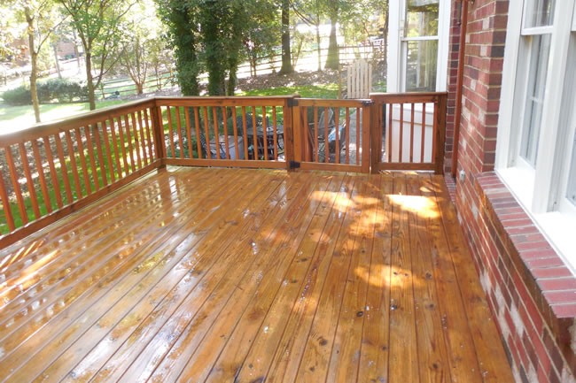Charlotte Deck Cleaning Service