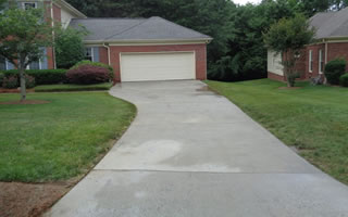 Concrete Driveway Cleaning and Washing Services